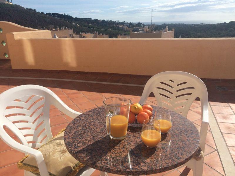 Piso en alquiler con 260 m2, 3 dormitorios  en Elviria (Marbella (Muni