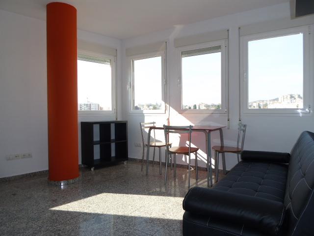 Piso en alquiler con 50 m2, 2 dormitorios  en Bailén - Miraflores (Mál