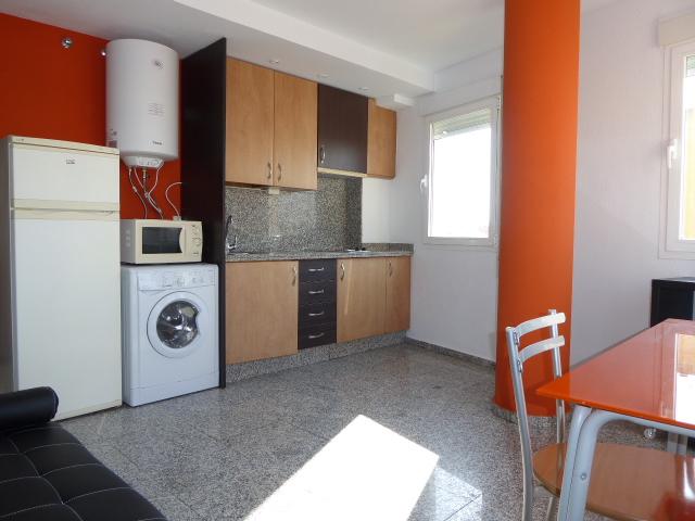 Piso en alquiler con 60 m2, 2 dormitorios  en Centro (Málaga)  - Foto 1