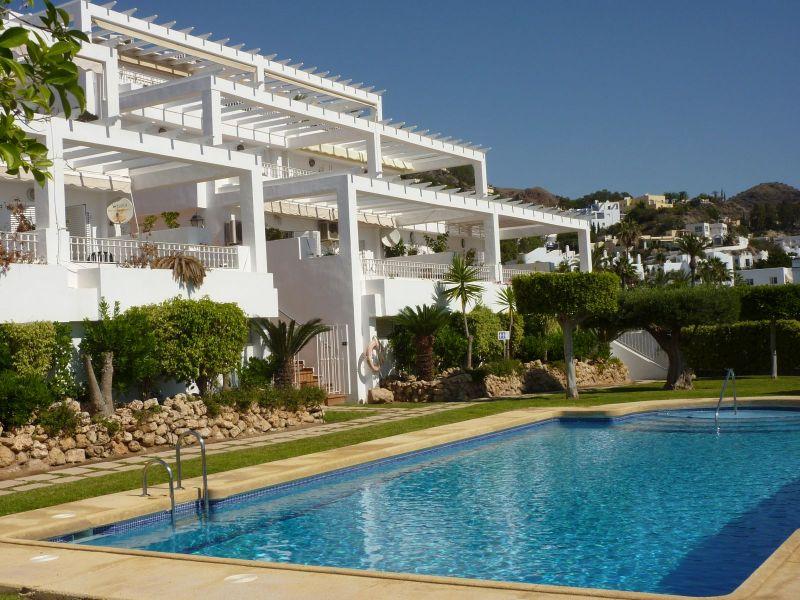 Piso en alquiler de vacaciones con 90 m2, 3 dormitorios  en Mojácar