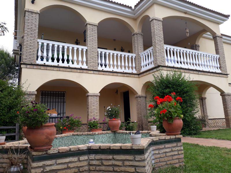 Casa en venta con 330 m2, 4 dormitorios  en Castilblanco de los Arroyo