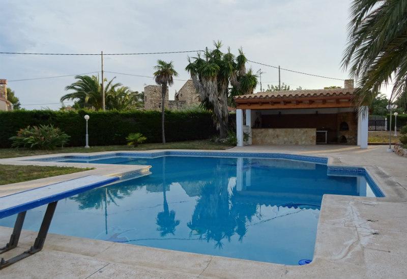 Casa en venta con 300 m2, 6 dormitorios  en L'Ametlla de Mar , Tres Ca