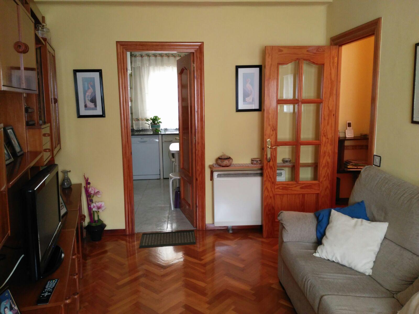 Piso en venta con 85 m2, 3 dormitorios  en este - residencia (Logroño)