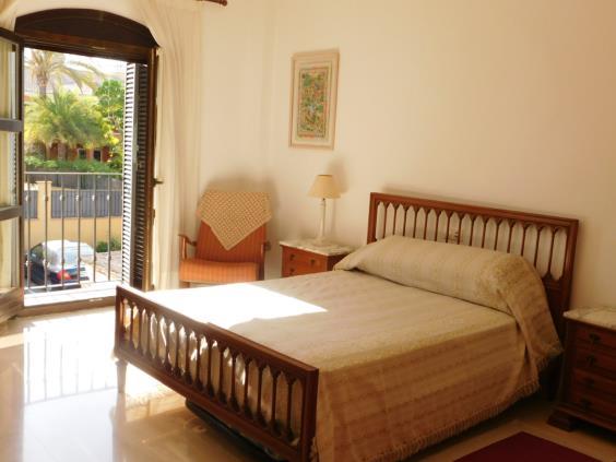 Casa en venta con 250 m2, 5 dormitorios  en Guadalmina (Marbella (Muni